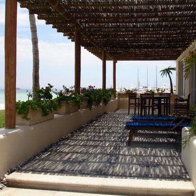 Terraza Costa Baja