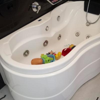 Instalación de tina-baño.