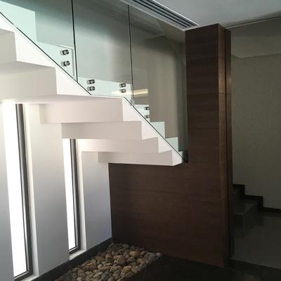 Escalera en residencia