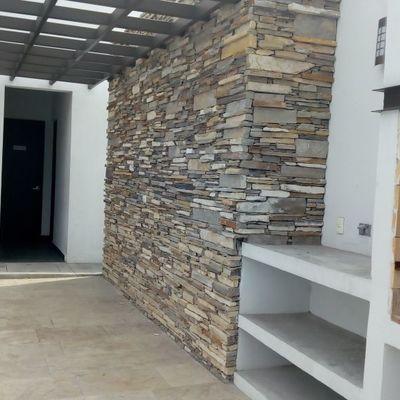 Piedra listón en muros