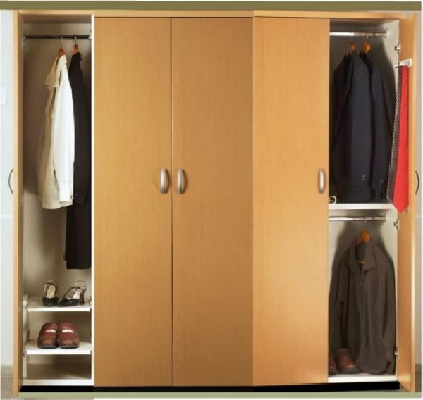 Foto closet 2 5 largo versi n zapatera vista completa for Closet con zapatera