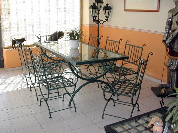 Foto comedor de hefesto design 24834 habitissimo for Comedor hierro forjado