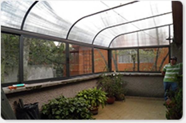 Foto domo para terraza de dix aluminio 13016 habitissimo for Casa minimalista tlalpan