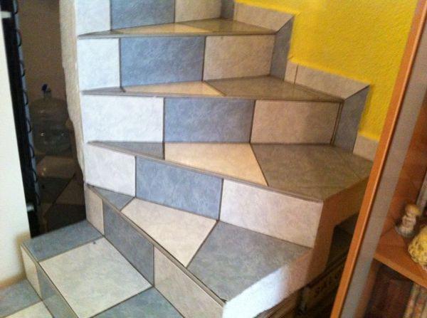 Foto escaleras de concreto de mantenimiento y servicios for Como hacer una escalera de cemento
