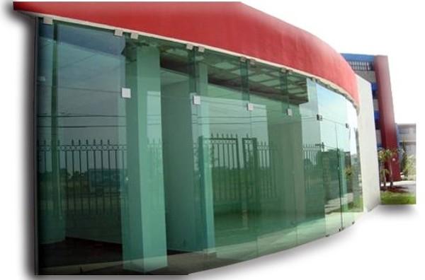 Foto fachadas para locales comerciales de cristales agra - Fachadas de locales comerciales ...