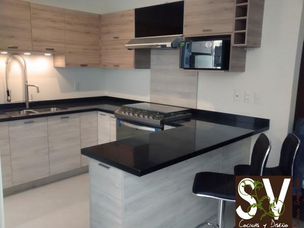 Foto cocina integral de spazio verdi 181823 habitissimo for Planos para una cocina integral