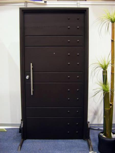 Foto puertas forja de grupodyc 32151 habitissimo for Puertas para casas minimalistas