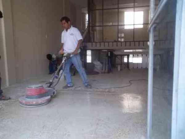 Foto pulido de pisos y facahdas de ag clean 72861 for Cemento pulido precio m2