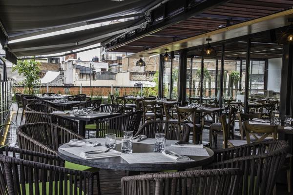 Foto Terraza Restaurante Domingo Santo De Treatnet 318186