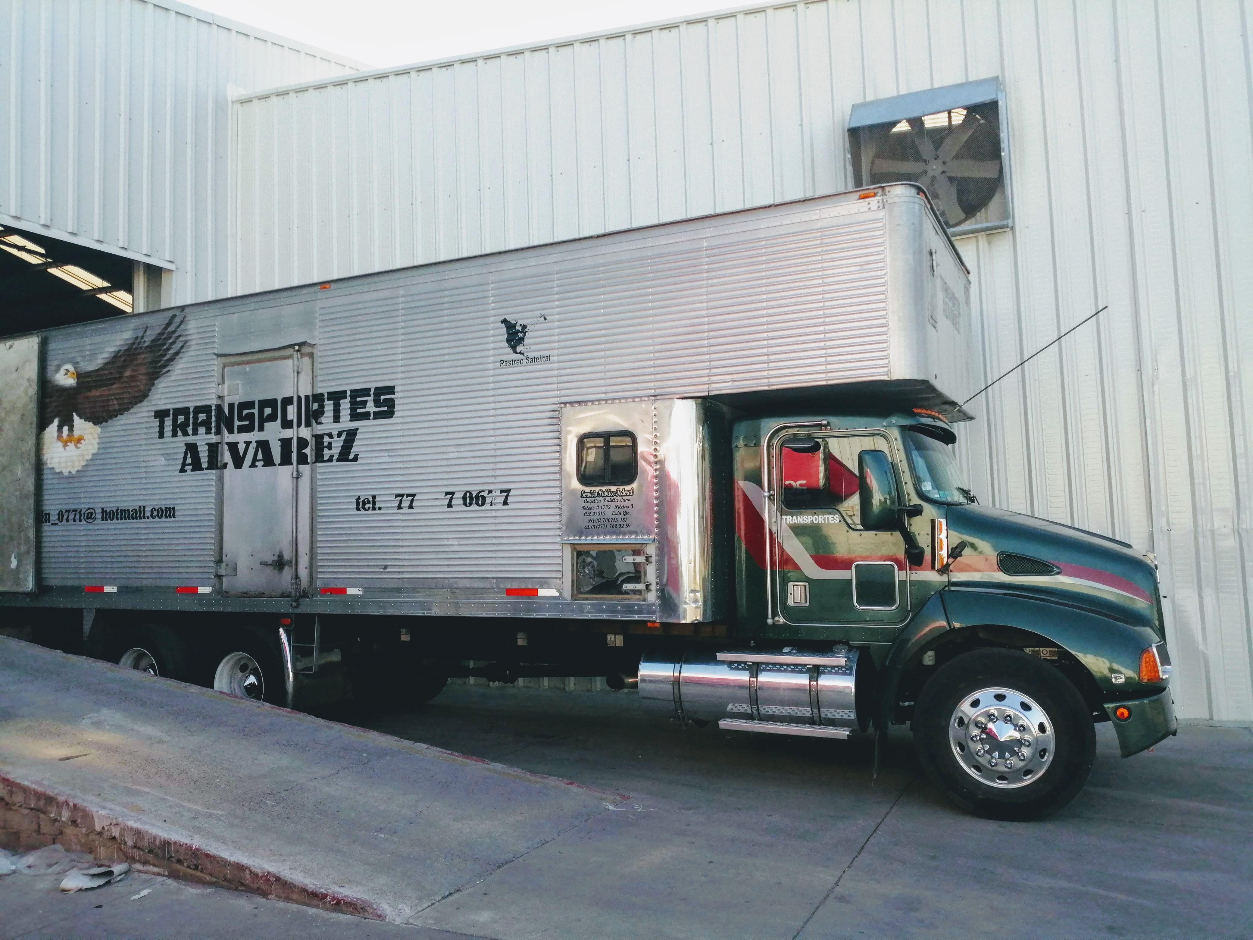 Transportes Álvarez