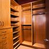 Closet de madera o prefabricado
