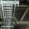 Electricistas y ayudantes para instalaciones industriales