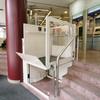 Sistema de plataforma salvaescaleras
