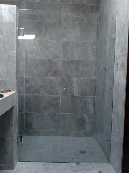 Puertas De Baño Templadas:Cancel corredizo de baño desde $ 2400