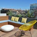 Terraza con piso de madera de clic