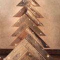 árbol de navidad con palés perpendiculares