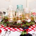 Centro de mesa con tarros de cristal
