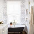 Iluminación de un baño pequeño