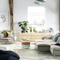salon con varias-alfombras combinada