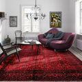 salon-escandinavo-con-gran-alfombra-roja