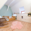 Recámara infantil con piso laminado