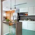 Cocina con piso de resina epóxica verde