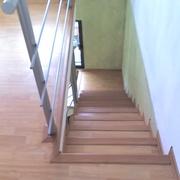foto escalera de laminado