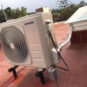 Instalación de Unidad Condensadora y aislamiento de tuberías y conexión eléctrica a prueba de agua.