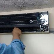 Mantenimiento preventivo y correctivo a equipo de aire acondicionado tipo minI split,  Universidad Campus Zona Rosa