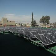 Distribuidores Helvex - Sistema de paneles solares interconectado a la red eléctrica de CFE. Proyecto realizado por contrato de Licitación Pública para el Gobierno de la Ciudad de México, Dirección de Alumbrado, Laboratorio de Alumbrado del Gobierno del Distrito Federal.