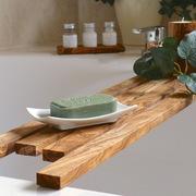 Pieza de madera para apoyar jabón en bañera