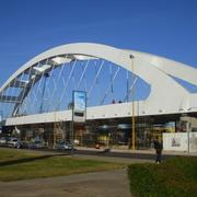 Puente Bicentenario Con Tension en Cables