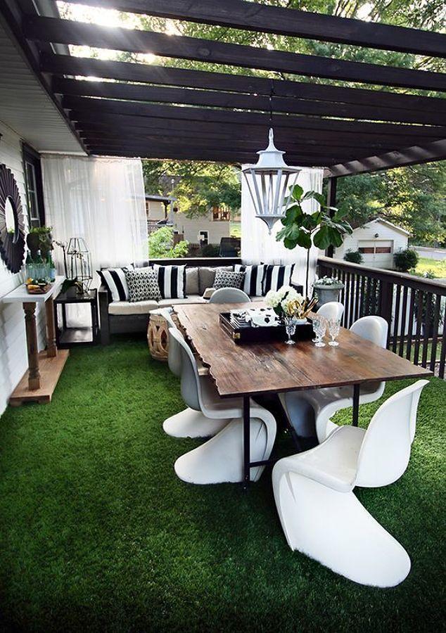 Jardín amueblado con pasto sintético