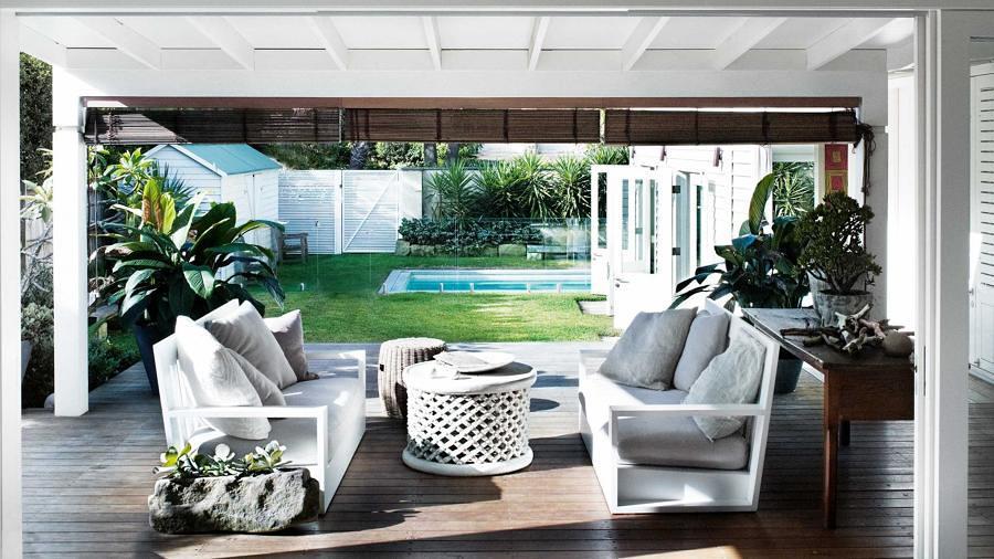 Terraza con jardín y alberca