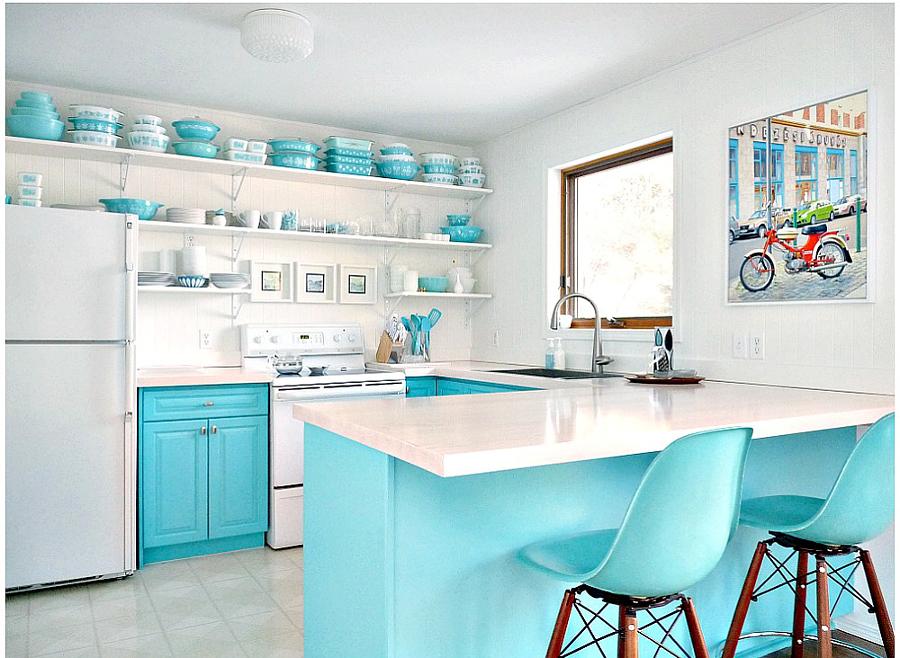 Cocina con muebles pintados de color turquesa