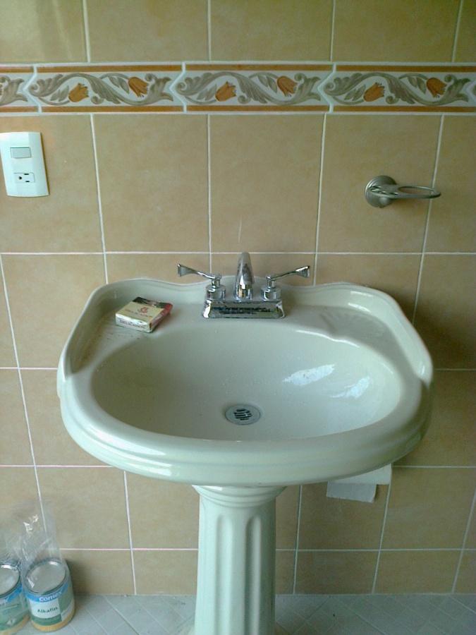 Ba o de visitas ideas remodelaci n ba o for Remodelacion banos y cocinas