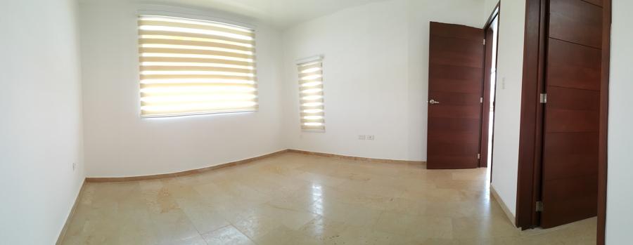 Foto acabados interiores de remodelacion lomas 304236 for Acabados minimalistas interiores