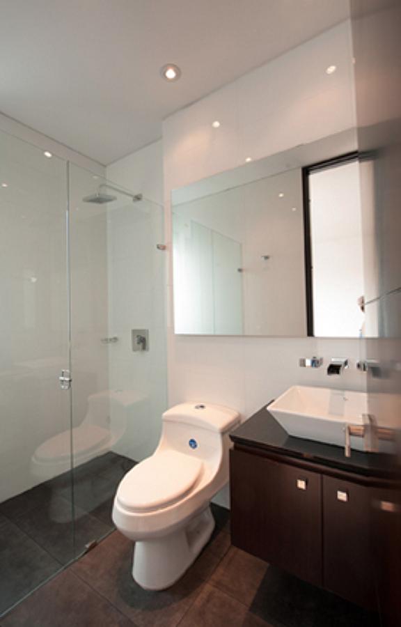 Acabados y texturas para baños de Lofts