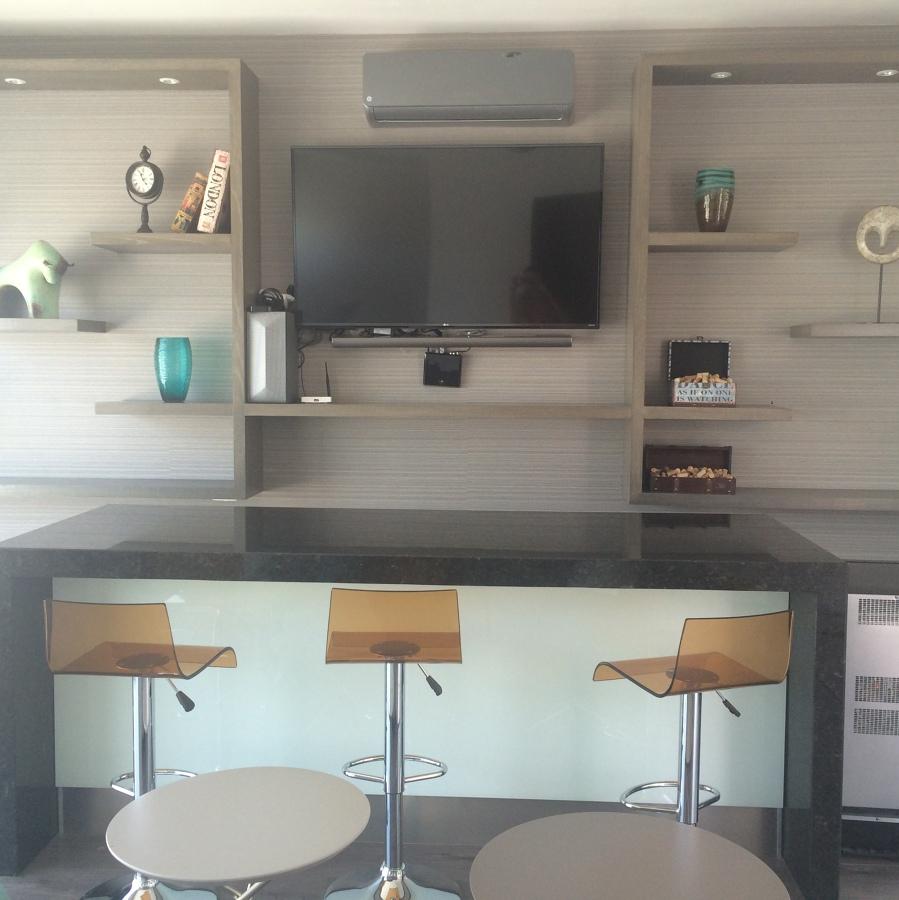 Bar para residencia ideas dise o de interiores - Ideas de diseno de interiores ...