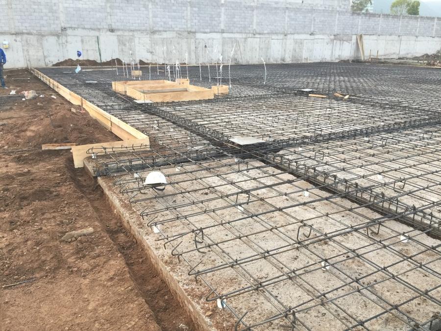 Foto armado de losa de cimentaci n de ibc ingenier a y - Losas de hormigon para jardines ...