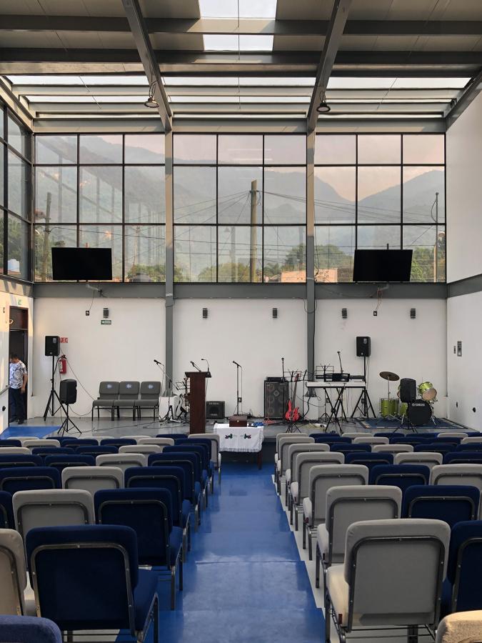 Auditorio, vista del estrado.