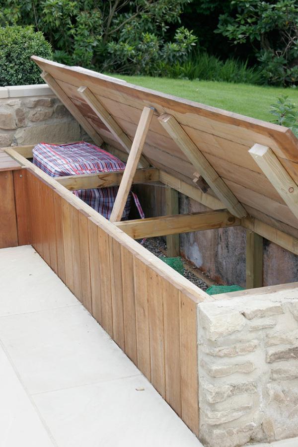 Guarda tus cosas de forma disimulada y pr ctica ideas for Bancos de jardin con almacenaje