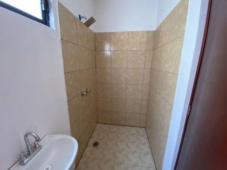 baño completo en local
