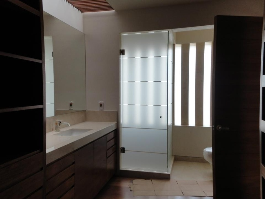 Baños Residenciales Modernos:Foto: Baño Completo de Xanti Arquitectos #11246 – Habitissimo