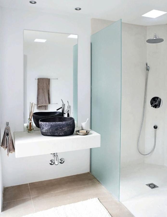 bano con ducha de obra