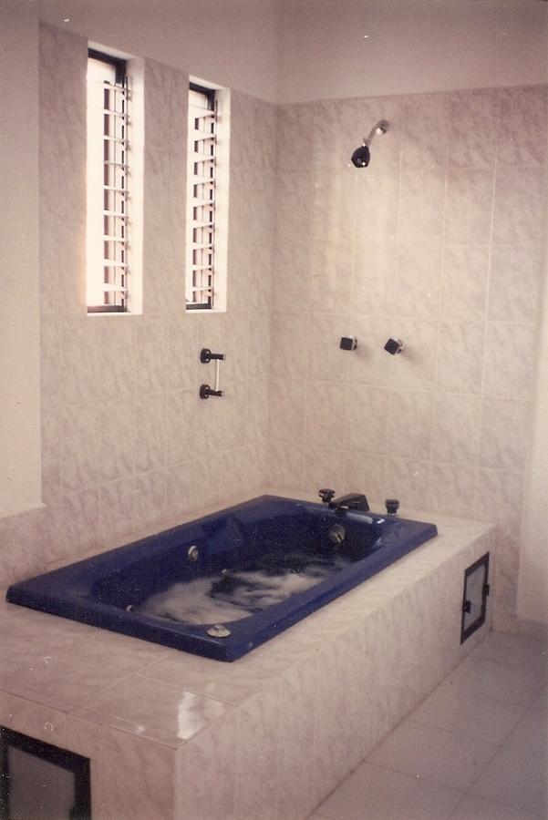 Baño De Tina Romantico:Foto: Baño con Tina de Hidromasaje de Mi Sol #75427 – Habitissimo