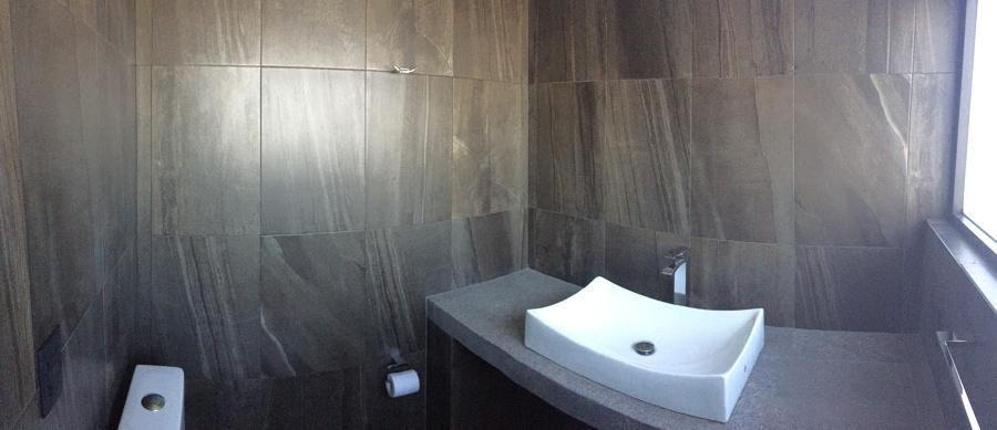 Baño de oficina