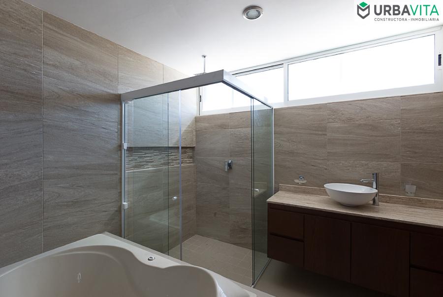 Baño Principal- Hogar Los Robles