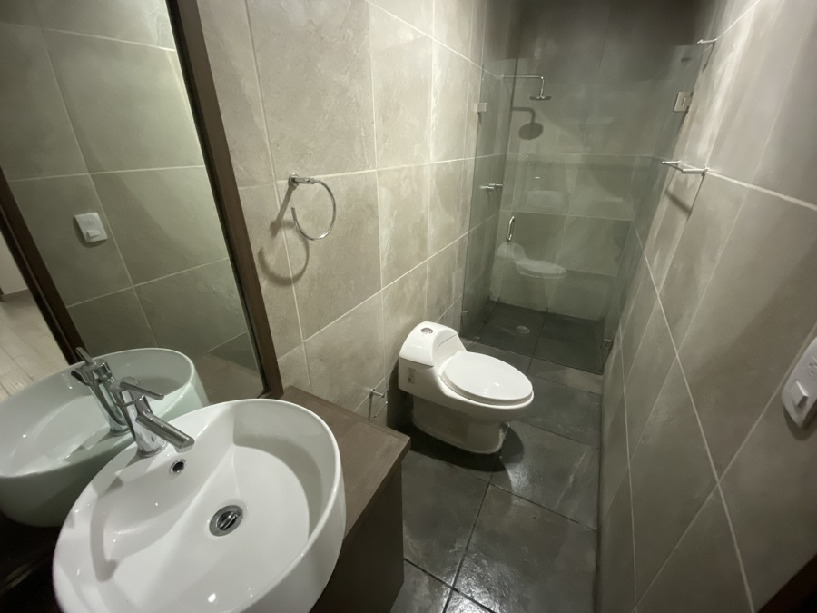 Baño Recámara Secundaria B
