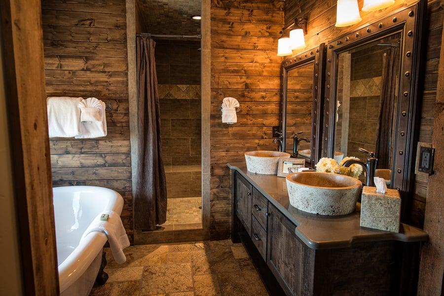 Foto ba o r stico lavabo piedra natural 148300 habitissimo for Banos de piedra natural